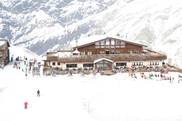 Mountain Lodge är en naturlig mötesplats i Livigno.