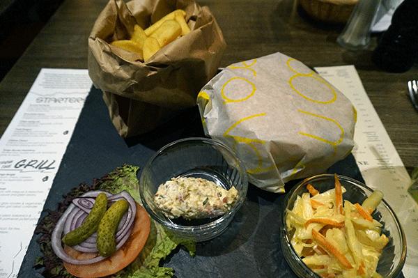 En läcker hamburger från Tango.
