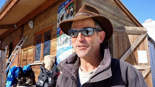Polo, chefen över skijoring på ranchen.