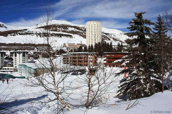 Byn var dessutom en av de tre vardbyarna under vinter OS 2006, vilket de ar mycket stolta over.