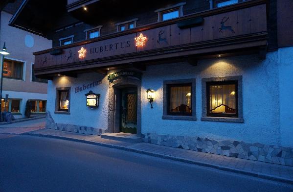 Restaurangen Hubertus ligger i Wagrain centrum