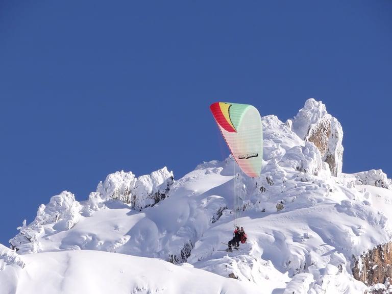 Skärmflygning i Alperna