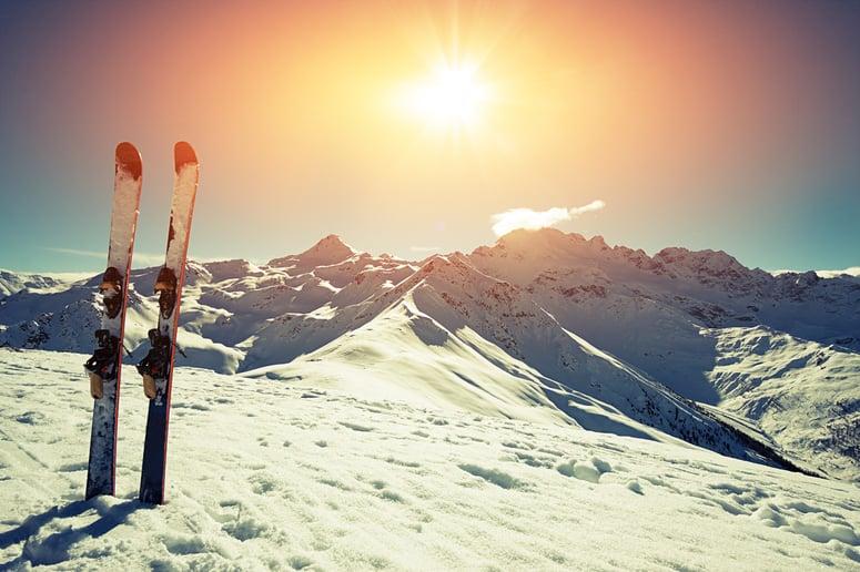 ski-in-snow